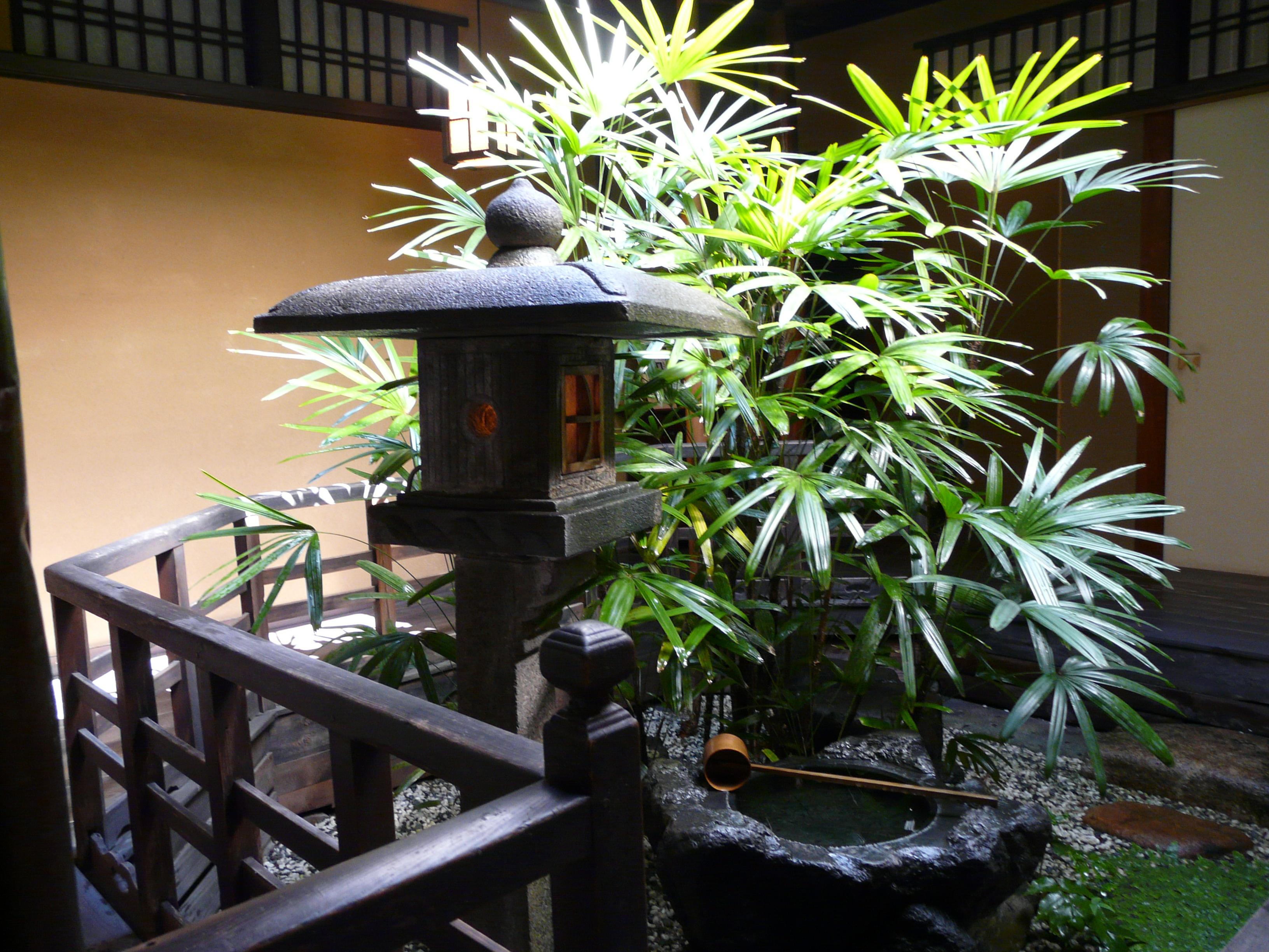京都料亭 道楽の中庭
